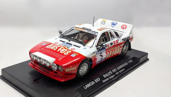 Fly Slot, 1:32 Fahrzeug, Lancia 037 Rallye Garrigues 1985 No. 5 Special Limited Edition, FY046303